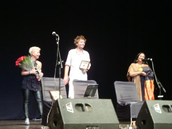dekovacka-s-reditelkou-festivalu-v-divadle