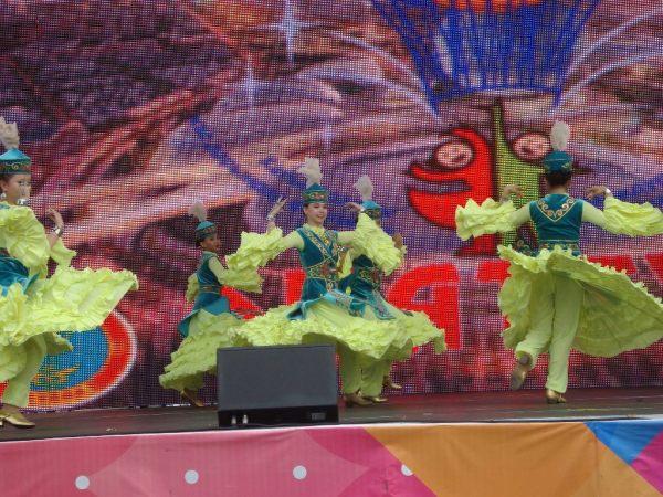 tanec děvčat